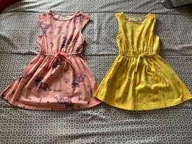 Se venden 2 vestidos nuevos marca off corss