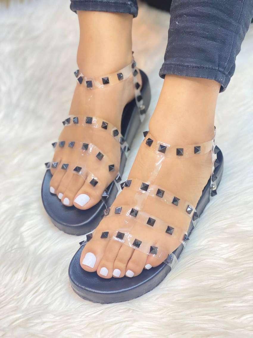 Zapatos Colombianos, de promoción, pregunta por mas modelos, 0