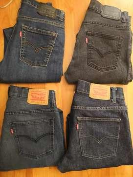 Venta de 4 jeans levis originales
