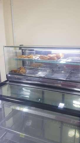 Vendo vitrina para fritos cuadrada de 90 cemtros x 40 de alto 30 profundo