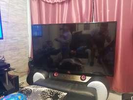 Tv LG 47 pulgadas, control, bafle incluido origin