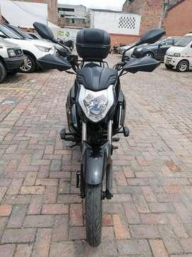 vendo moto AKT CR4, único dueño
