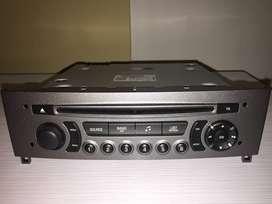 Radio Original Peugeot 308 - Unidad Central + Accesorios