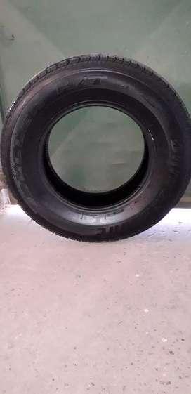Vendo cubiertas  Bridgestone 245/70/R16