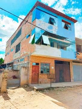 Casa Con local comercial en venta - Tarapoto
