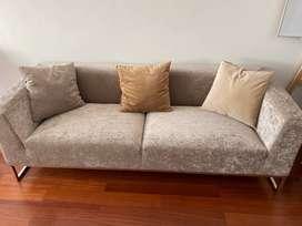 Comodo sofá para sala