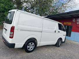 Vendo Toyota Hiace panel