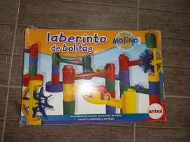 JUEGO DE LABERINTO DE BOLITAS