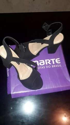 Zapatos de damas talle 38 y 37 nuevos a 1000