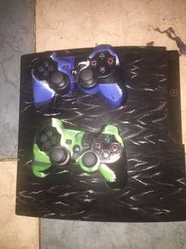 Playstation 3 con 11 juegos originales