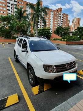Duster Dynamique 2.0 AT 4x2 2015