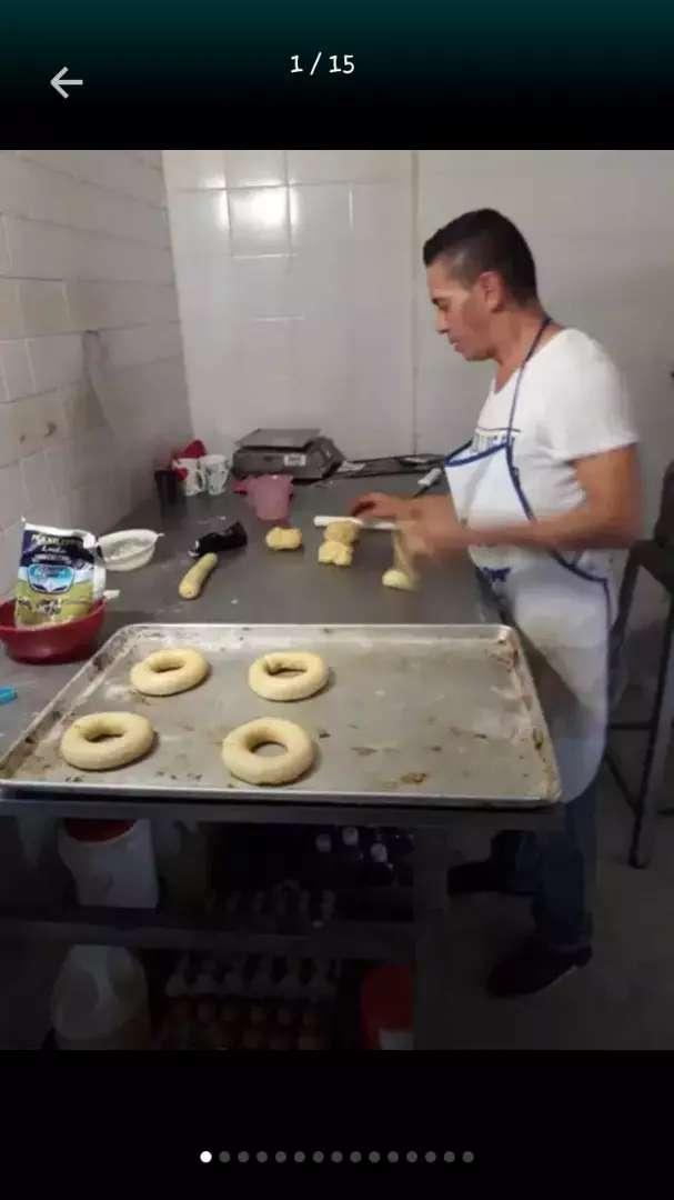 busco empleo de panadero fijo o por turnos 0