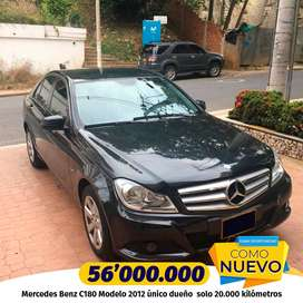 Mercedes Benz C180 solo 20.000 kilómetros