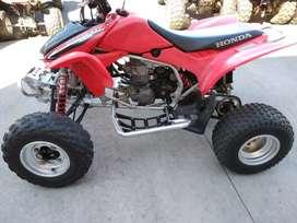 Vendo cuatriciclo Honda trx 450
