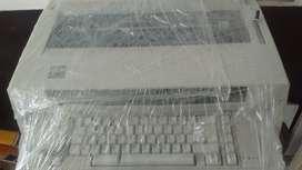 Maquina de Escribir Electrónica IBM 6746