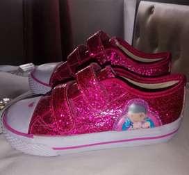 Zapatos doctora juguetes