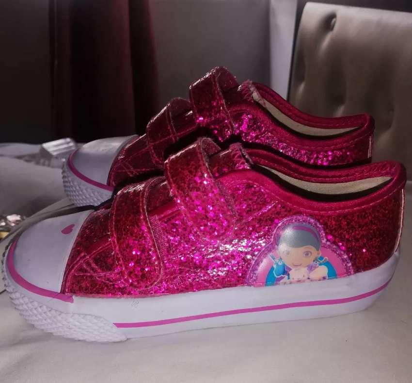 Zapatos doctora juguetes 0