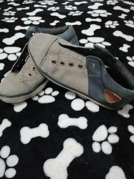 Zapatos Arturo calle talla 37 niño