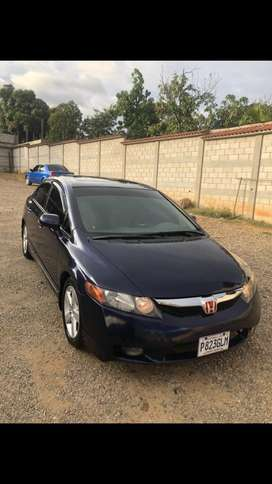Ganga Honda civic full equipo