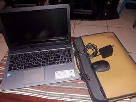 Vendo notebooks Asus