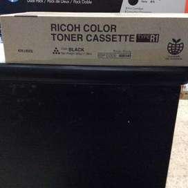 Tinta para impresora Ricoh tonner Cassete color negro.