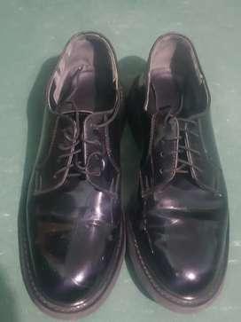 Zapato charolado corfan talla 40