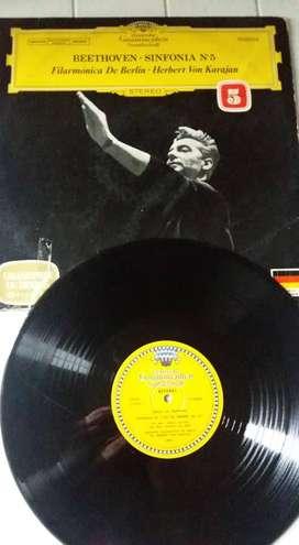 DISCO LP VINILO FILARMONICA DE BERLIN BEETHOVEN SINFONIA #5 HERBERT VON KARAJAN GRABADO EN ALEMANIA. GRANDPRIX DU DISQUE