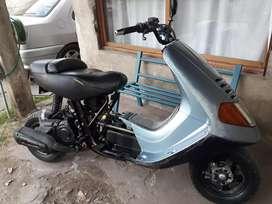 Vendo o permuto scooter 150cc