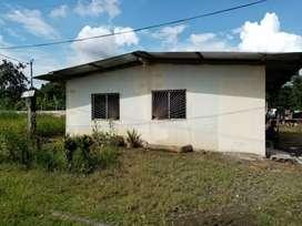 Se vende solar con casa