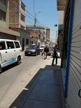 ALQUILO LOCAL COMERCIAL EN EL CENTRO DE CHICLAYO