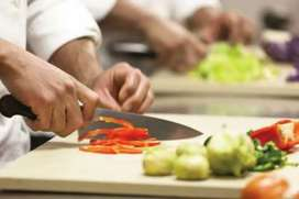 Necesito ayudante de cocina con experiencia