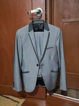 Vestido gris brillante 10 de 10 negociable