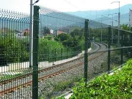 Euromalla modular para cerramientos perimetrales de máxima seguridad, Paneles rígidos