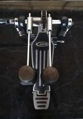 Doble pedal para batería PDP 502