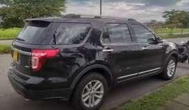 Vendo  Ford Explorer Modelo 2014