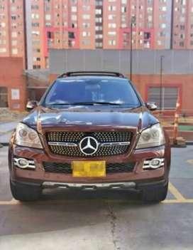 Hermosa Mercedes Benz