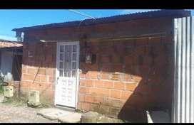 Lote (6x12) Semiconstruido con todos los servicios- Barrio Uniportales. Valor $ 50.000.000 Negociables