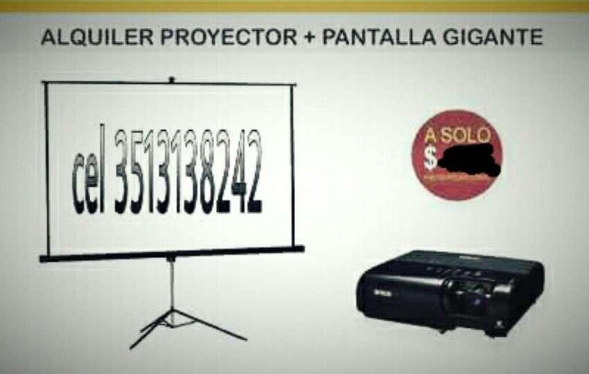 Alquiler de Proyector Y Pantalla 0