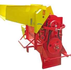 Desgranadora de cereales con acople al tractor incluye eje cardan DC 4000 AT