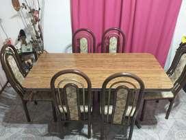 Juego de comedor, mesa más 6 sillas