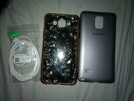 Vendo Funda Reforzada de Samsung Note 4, Funda TPU de Samsung J7 Neo y Auriculares Samsung.