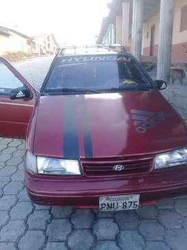 Se vende carro hyundai excel del año 94en buen estado por motivo de viaje el precio 3500 negociable