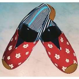 zapatillas suela roja con hojas de otoño talla 37 con envio gratuito