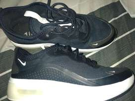 Zapatillas Nike dos usos