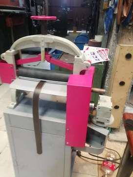 Cilindradora para cinturones rodillos recubiertos en caucho motoreductor trifasico