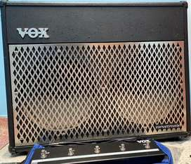 Amplificador De Guitarra Vox VT 100 Valvetronix + Foot Switch