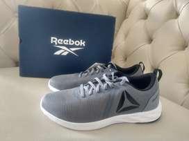 Tennis REEBOK RBK ASTRORIDE ESSENTIAL Tenis gris