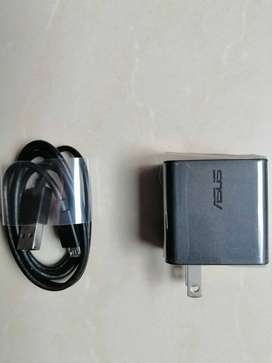 Cargador/Adaptador-Cable USB