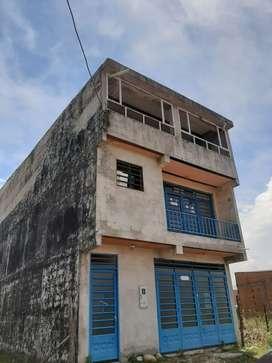 Venta de vivienda de tres pisos barrio porfia.