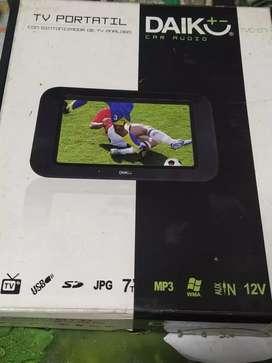 Pantalla para auto,tv,lector de USB,de memoria SD,tiene entrada de video